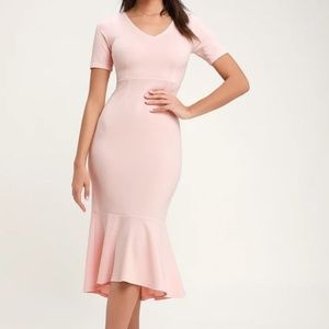NWT Lulu's Blush Pink Trumpet Hem Midi Dress